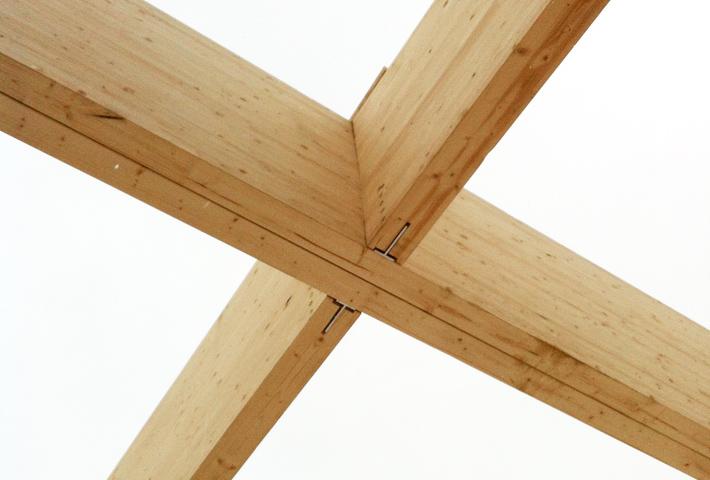 Glulam roof beam