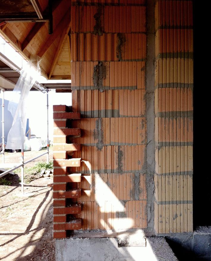 Bonded brick | Deep facade niche